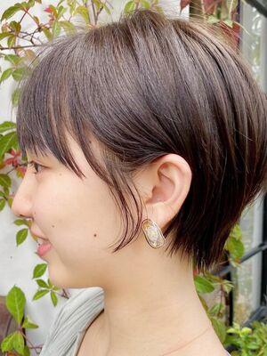 小顔耳かけショートボブ × ディープアッシュ