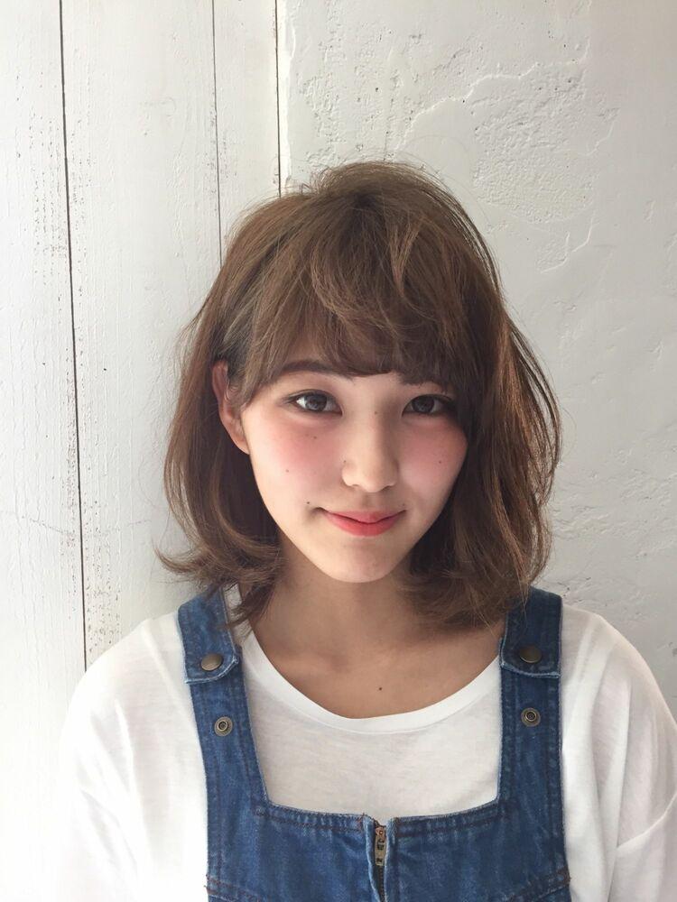 レイヤーミディアム × カーキベージュBelle吉祥寺カット、カラー 13200円