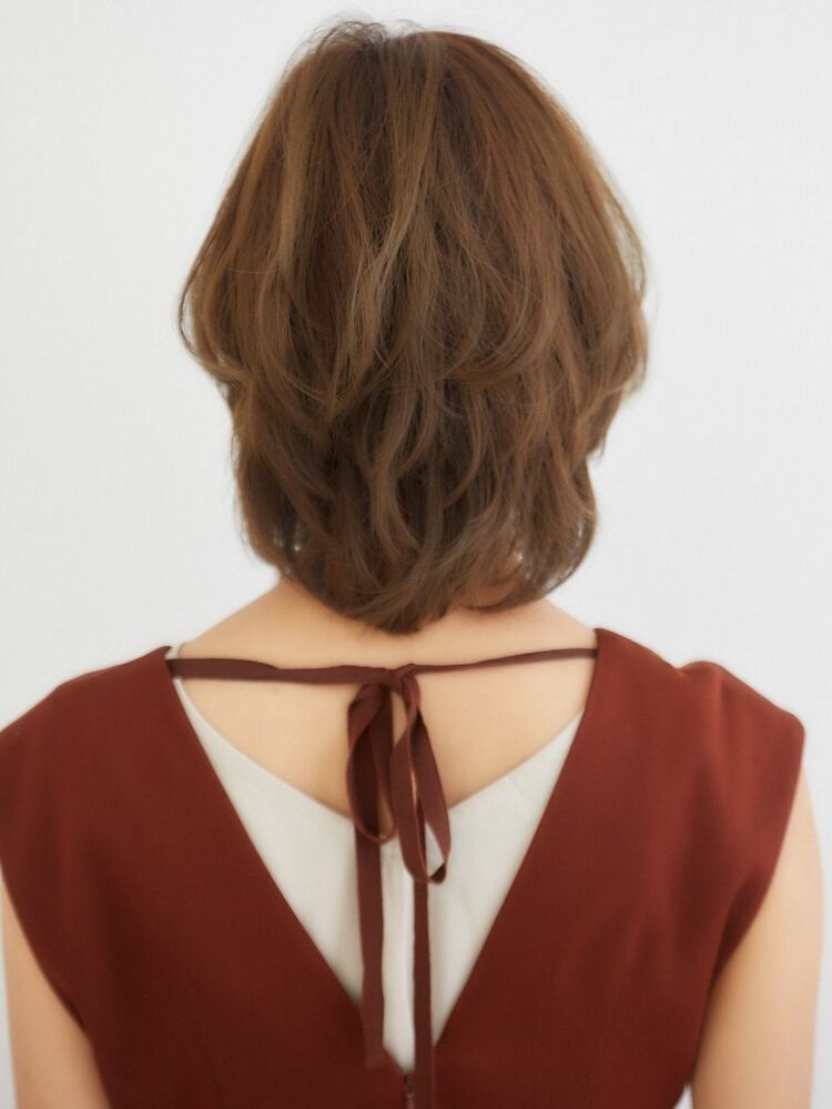王道ひし形シルエット_ツヤカール_小顔に見せる為の3D前髪