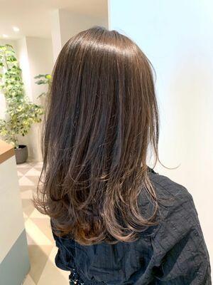 LONESS銀座 トレンドヘアデザイナー オリジナルの美肌に見える最高峰の似合わせカラーと小顔カット