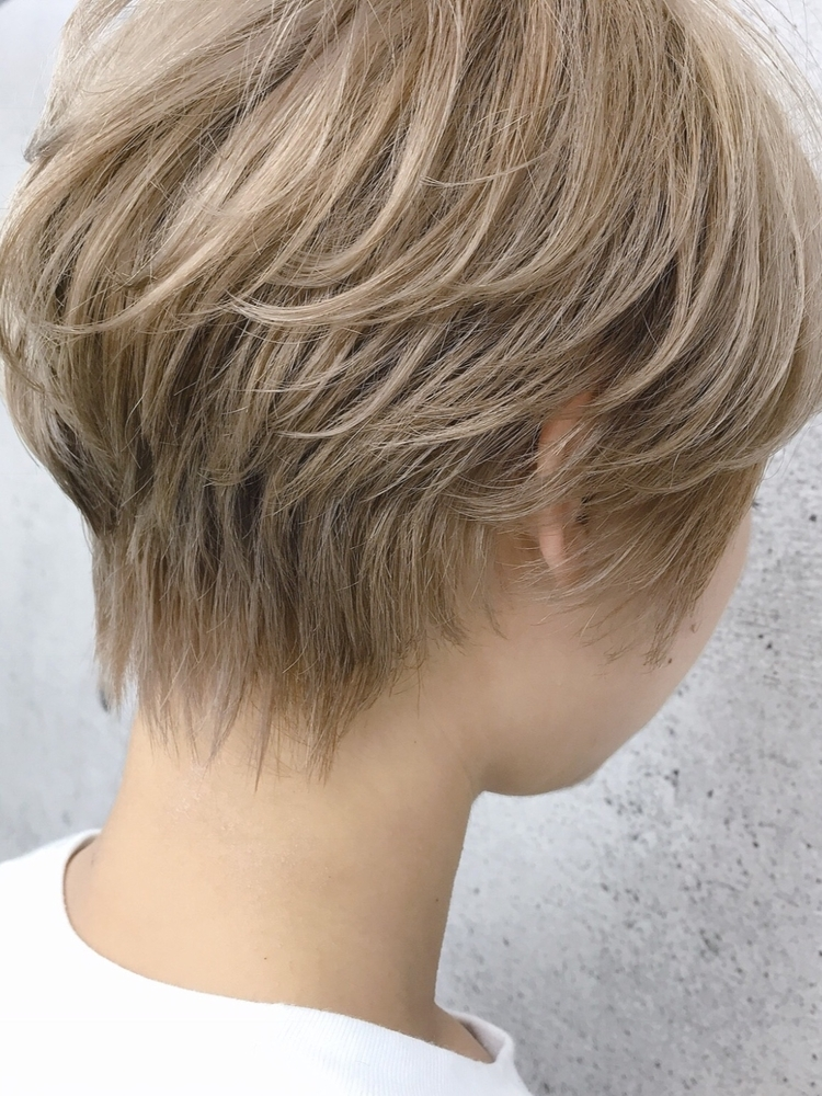 ショート、ショートボブ、ハンサムショート、ヘアカラー、冬カラー、前髪有り、ワンカール(iki)