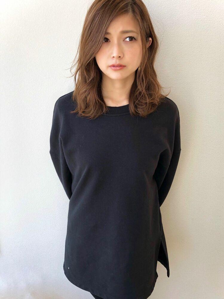 かきあげ前髪×ベージュ