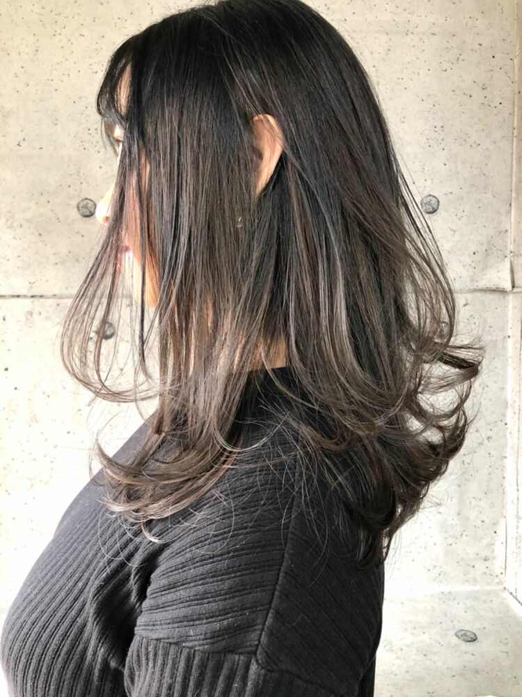 ワンカールレイヤー × アッシュグレージュ addict井坂