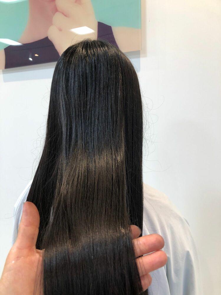 ロングストレートヘア