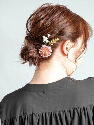 結婚式や二次会にオススメのヘアセット・ヘアアレンジ♪ミディアムヘアーの編み込みダウンスタイル