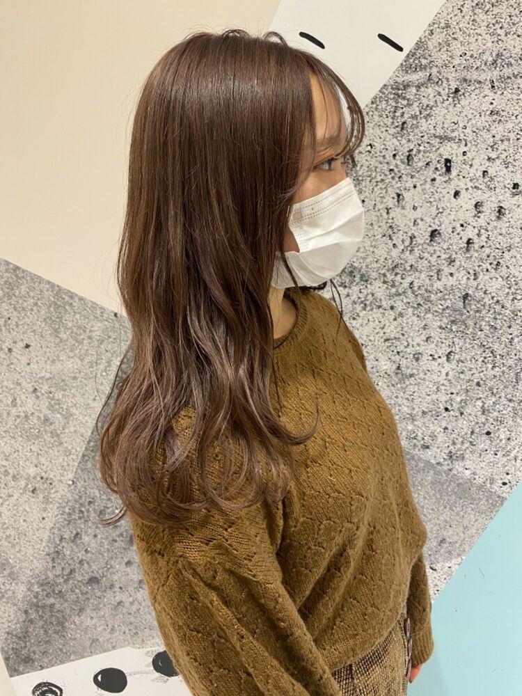 ラフ & ルーズな 毛束感セミロングスタイル