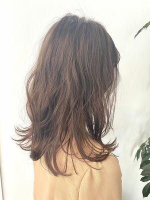 素敵な女性のゆるふわヘアはレイヤーカットが必須 『 turn TOKYO 』