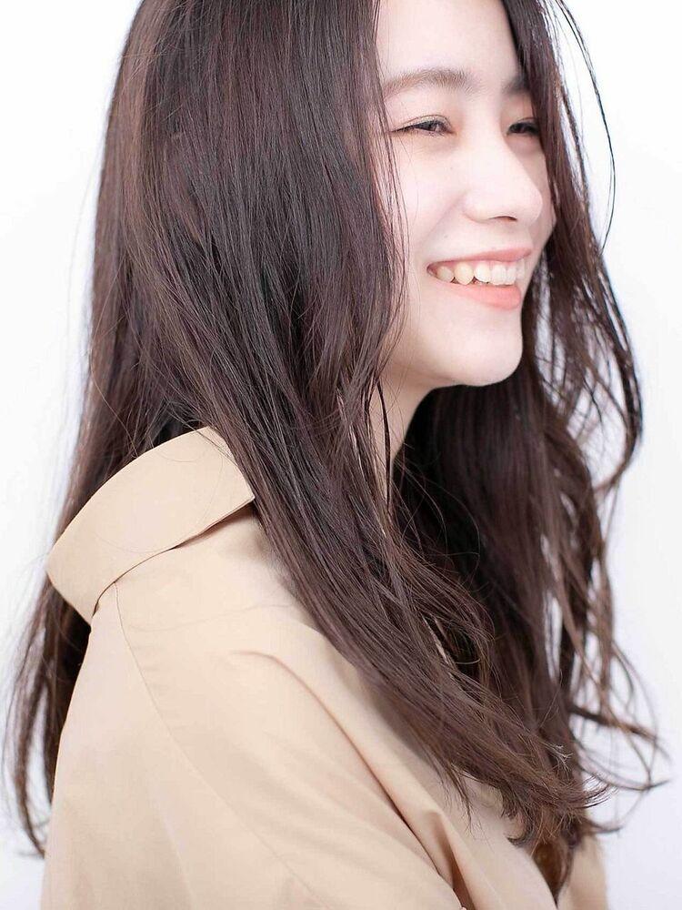 〈韓国レイヤーカット〉ココアブラウンで柔らかで大人かわいい