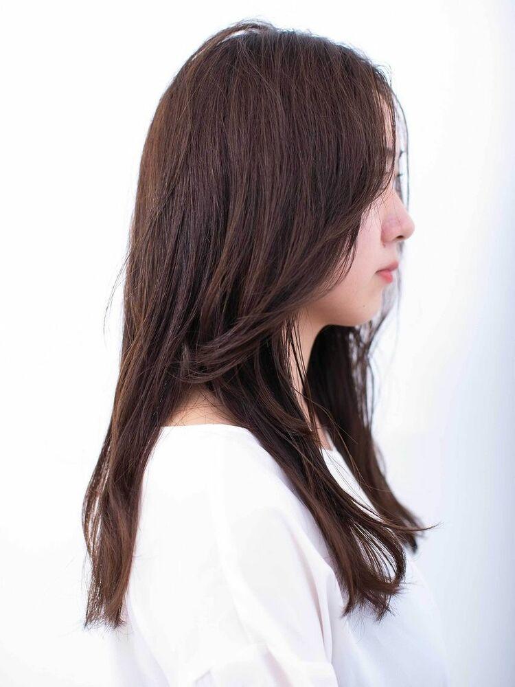 〈韓国レイヤーカット〉重めで大人かわいいセミロングヘア