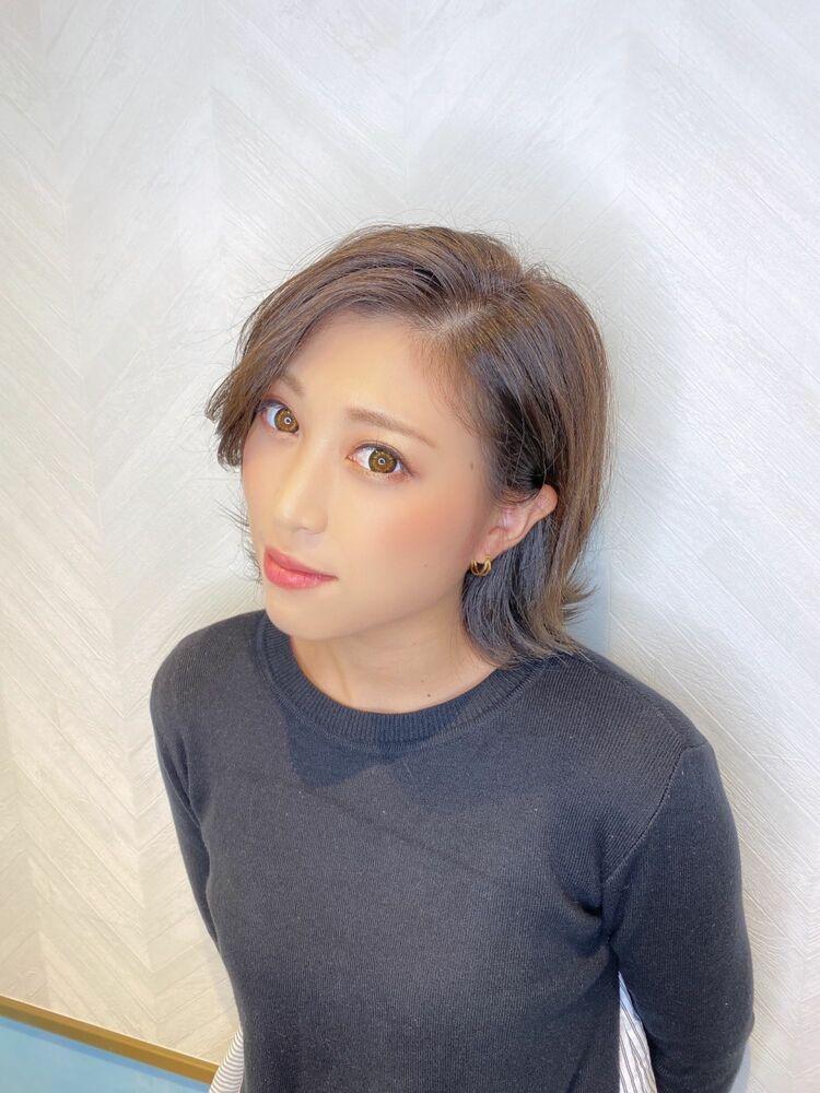 津賀涼 外ハネショート 可愛いすぎるヘア