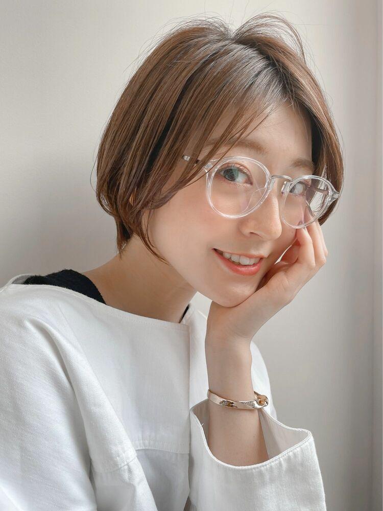 ハンサムショート/眼鏡が似合うヘア/オフィススタイル