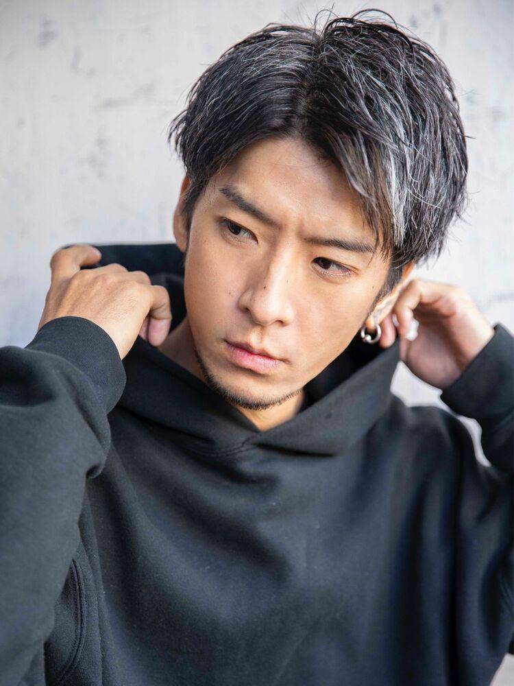 【小久保MEN'S HAIR】サイドグラデーションシルバーカラー