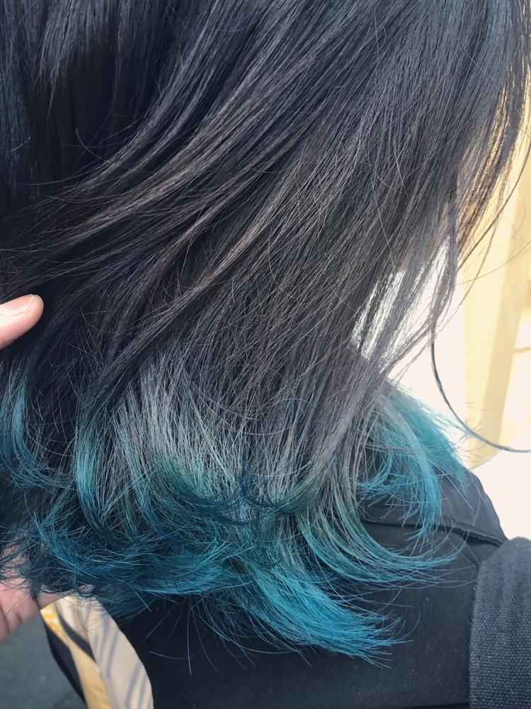裾カラーオーシャンブルー