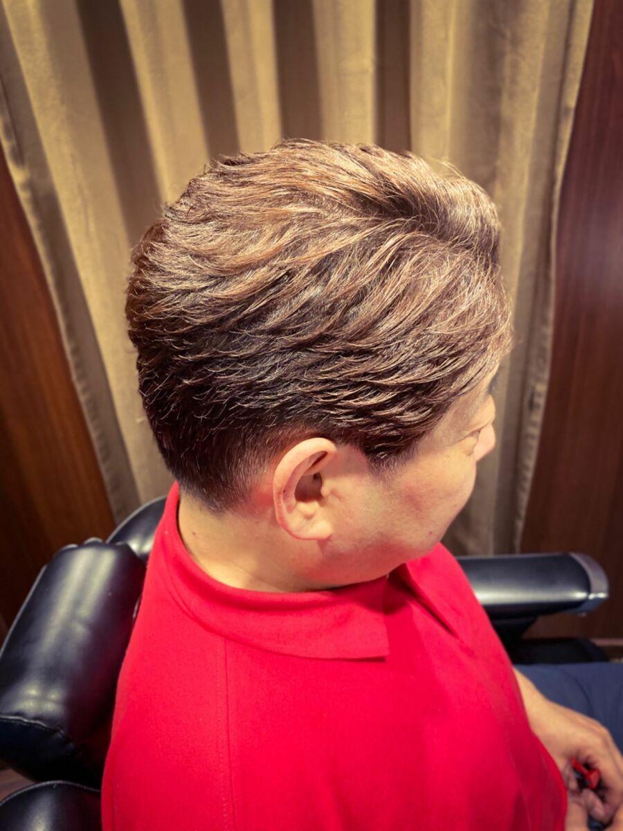 オシャレ白髪染めでスッキリ!3.4枚目がbeforeです。