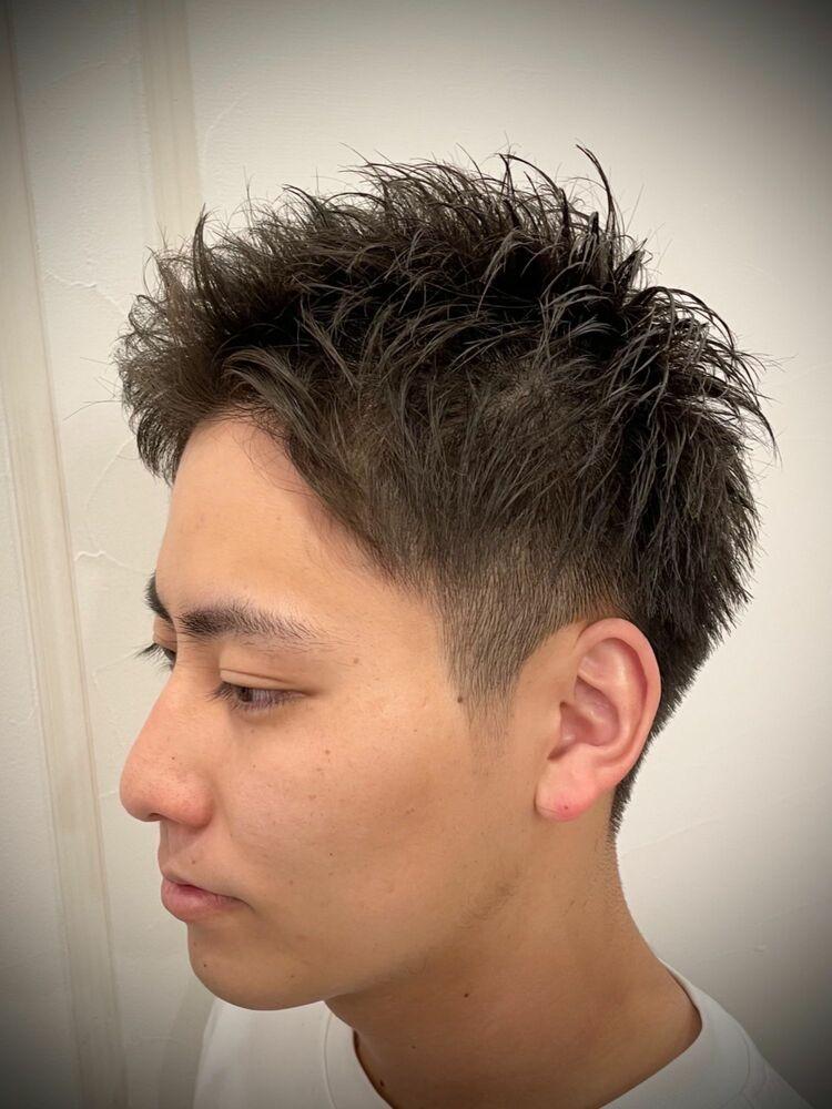 人気の直毛を活かしたスパイキーアップバング☆