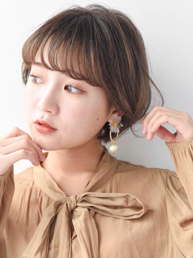 LIPPS銀座安田愛佳_ハイライトベージュの丸みショート