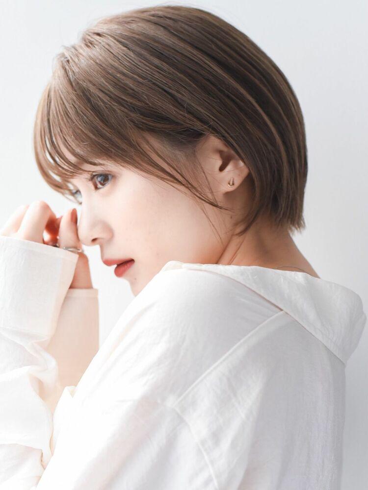 LIPPS銀座安田愛佳_ミルクティーベージュ透明感丸みショート