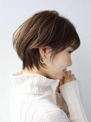 LIPPS銀座安田愛佳_大人可愛いくびれショートボブ
