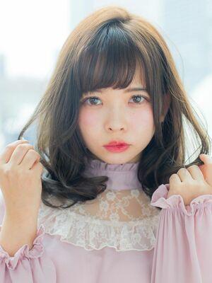 前髪カットがうまい美容師 徳永利彦MINX 銀座二丁目店 店長『小顔になるミディアムレイヤー』