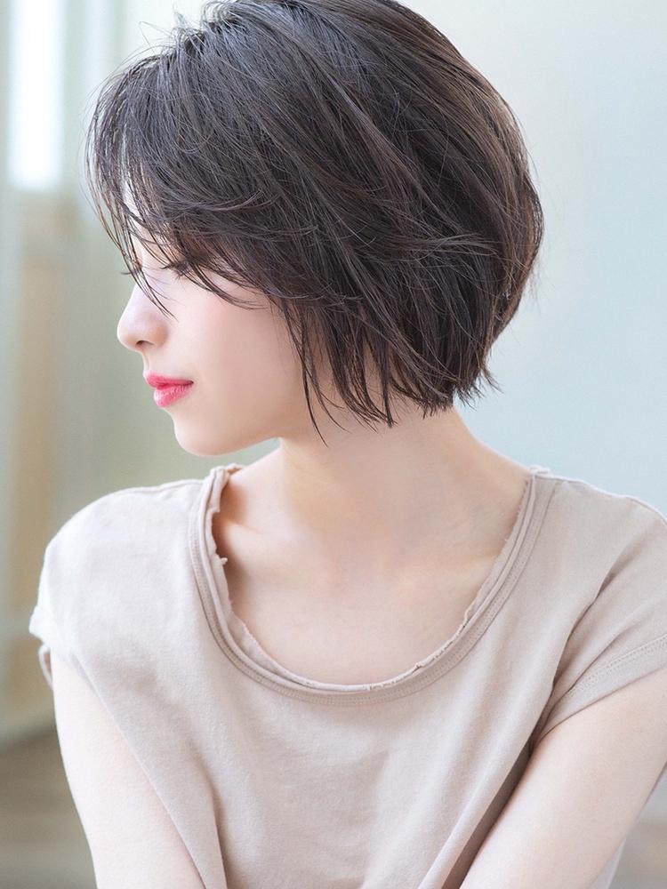 ひし形ショートボブ サイズシルエット Un  ami表参道 松井幸裕