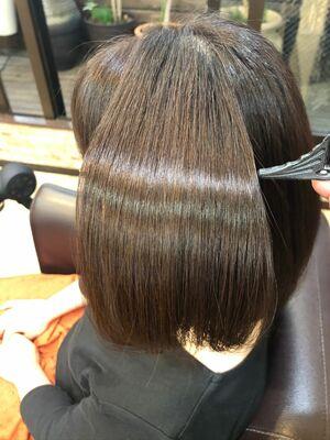 バッサリボブ×髪質改善トリートメント。初めての髪質改善でかなり艶々に♪