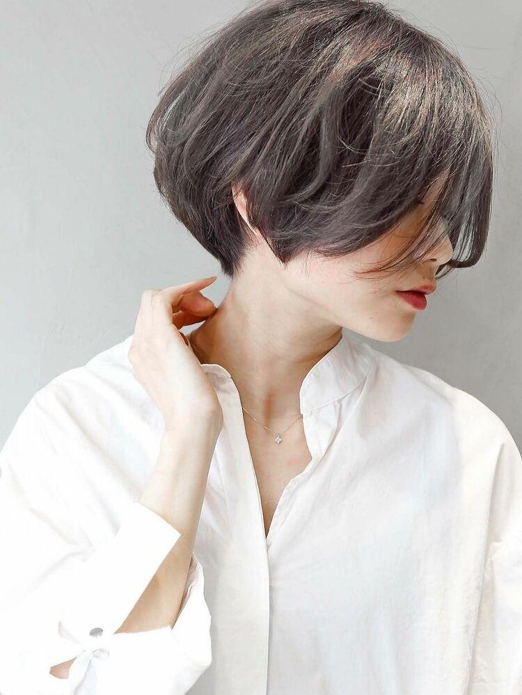 ☆ ダークグレージュ & 透け感 ☆ 小顔ショート ♪ モードヘア