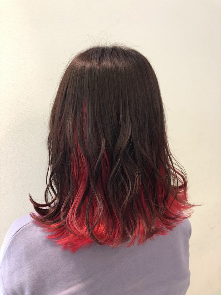 切りっぱなし長めボブで縦長ライン!カラーはピンクブラウン×ピンクレッドで同色カラー!