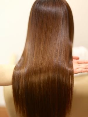 綺麗な髪の毛の作り方は#髪リペで検索