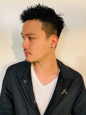 U-REALM新屋厚輔 アップバングショート