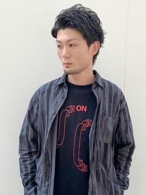 U-REALM新屋厚輔 オールバックショートヘア