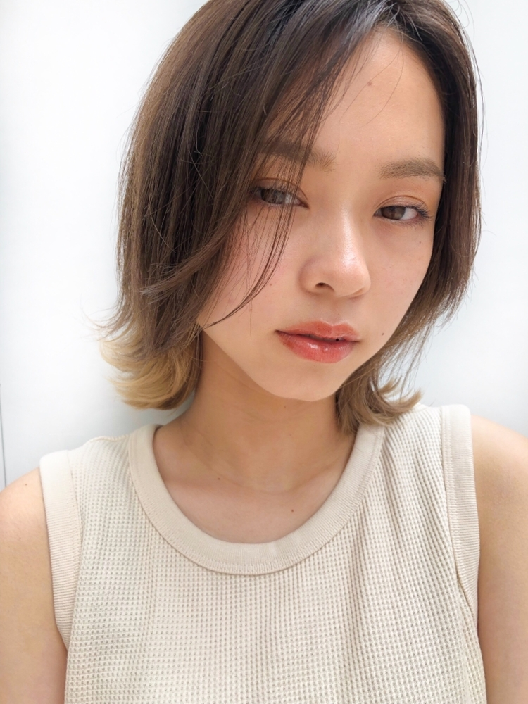joemi by unami 新宿/手嶋紗耶/外国人風ニュアンスレイヤーロブ×インナーカラー