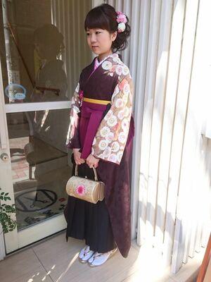 ヘアメイクand卒業袴のフルレンタルand袴着付け★手ぶらで楽ちん、戻ったら脱ぐのお手伝い致します