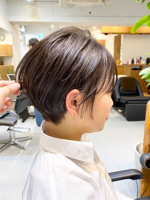 VIE 石田康博 乾かすだけで可愛く ショート 30代髪型