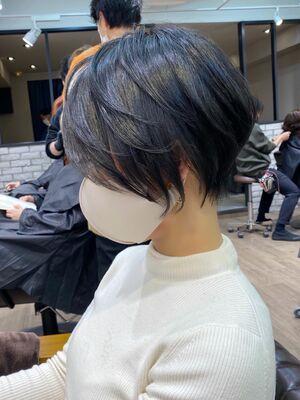 美シルエット×立体感×ひし形くびれショートボブ→担当BISA