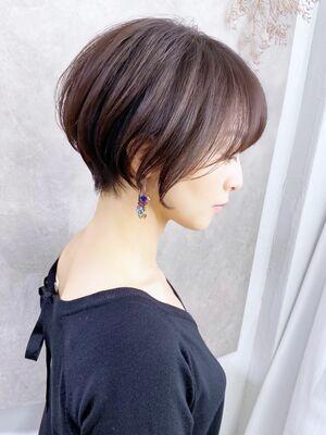 美シルエット×小顔効果×自然な丸みショートボブ→担当BISA