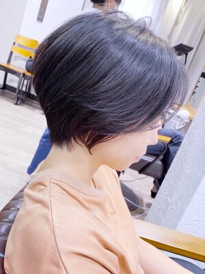 前髪長め◎ひし形ショートボブ