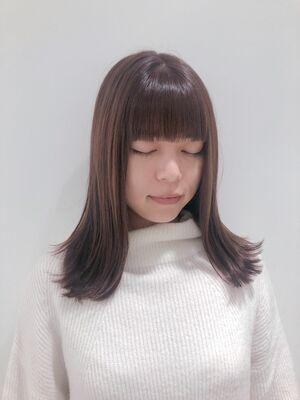 ぱっつん外ハネ ミディアムヘア