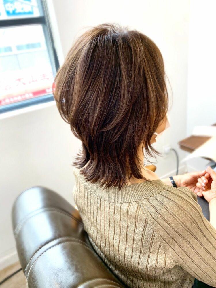 【ウルフ】立体感のあるカット くびれミディ 髪質改善カラーアルティスト