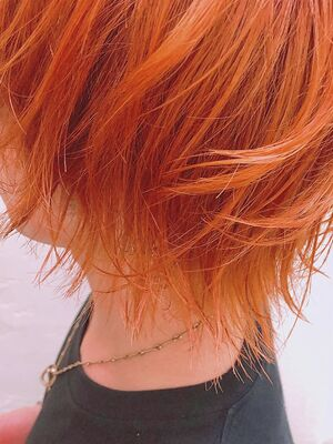 メンズスタイル×サニーオレンジ◎