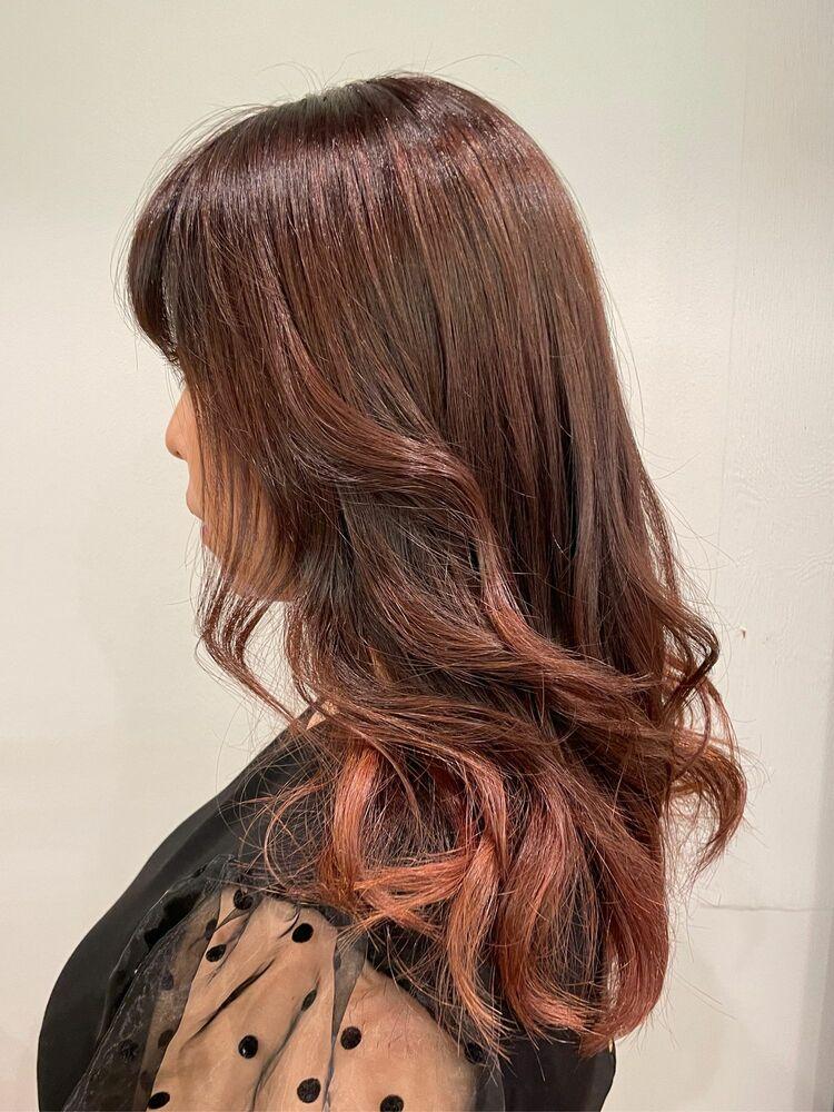 ツヤ髪ピンクで女子力アップ
