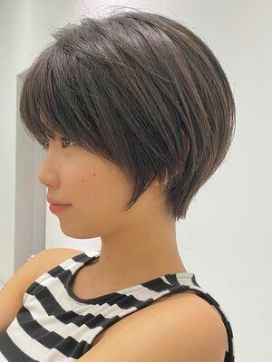 [青山 フリーランス 中嶋洋平]前髪ありのミニショート (お客様に写真を撮らせていただいてます)