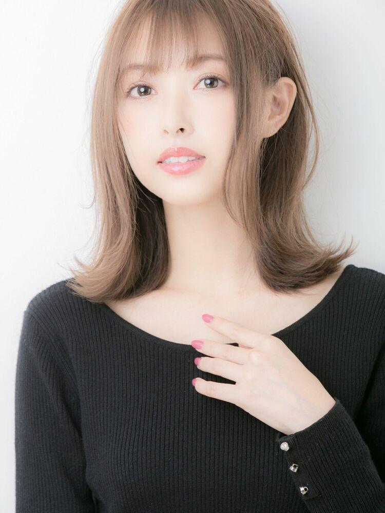 20代30代☆大人かわいい小顔外ハネシースルーバング♪担当 戸田