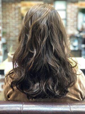 ペタッとなりやすい髪下の方に!デジタルパーマ