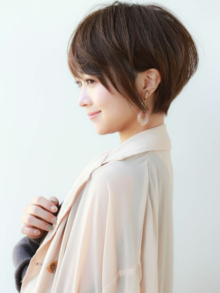 STAR TOKYO岸 ひし形ショートカットの小顔カット「渋谷渋谷駅/ボブカット&ショートカット」