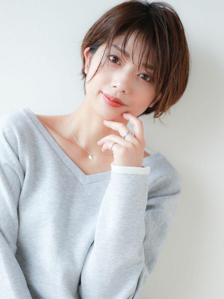 STAR TOKYO 岸 ひし形ショートカットの小顔カット「渋谷美容室/ボブカット&ショートカット」