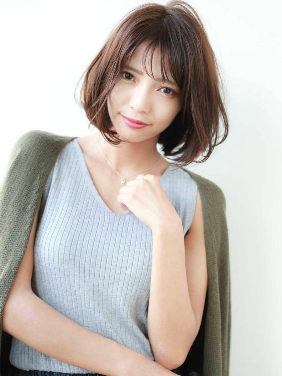 STAR TOKYO岸 ひし形ボブカットの小顔カット