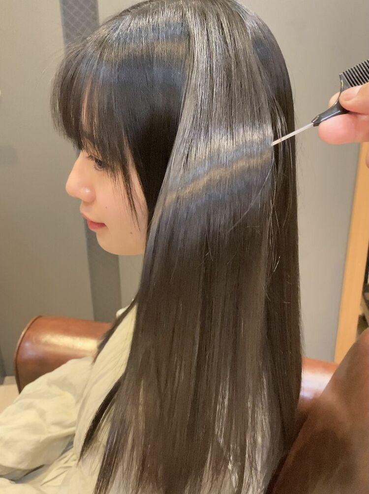 前髪ぱっつんストレート