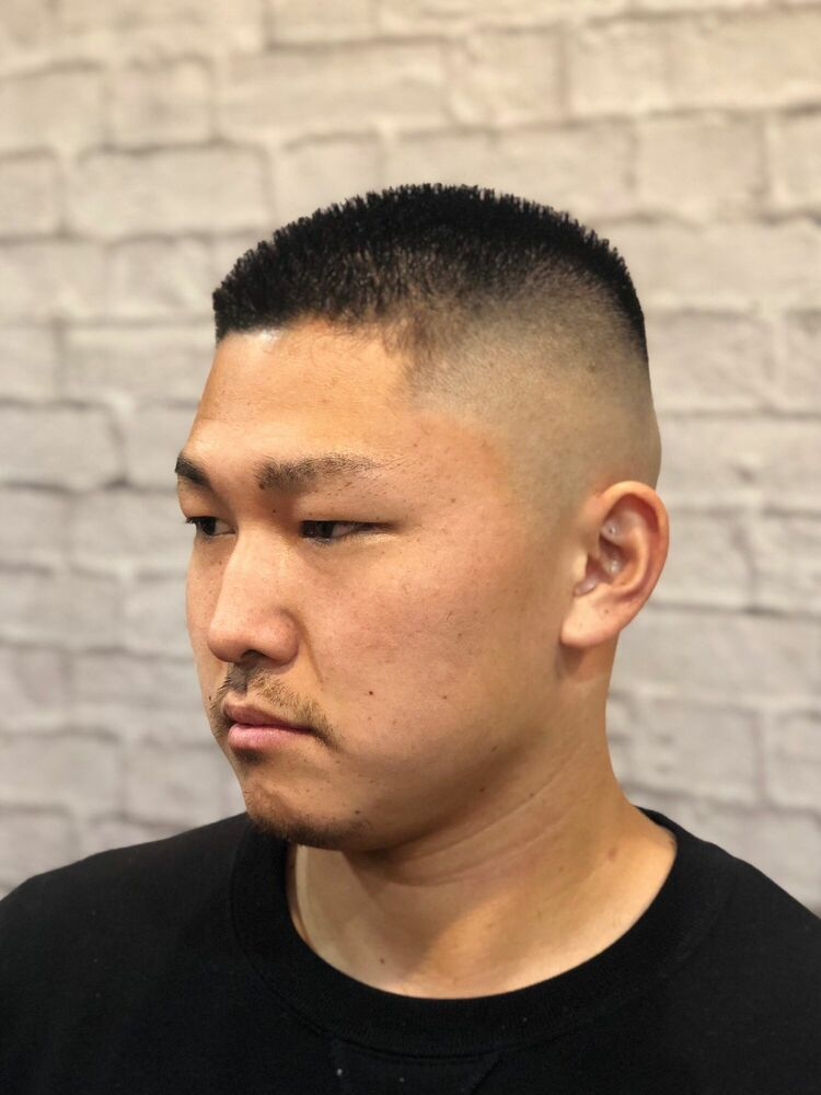 barber style ハイ刈り スキンフェード 坊主
