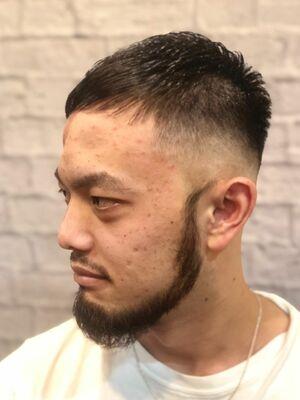 理容室が作る 髭が似合うスキンフェード  クロップスタイル