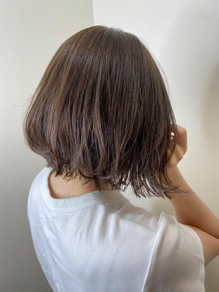 20代30代40代50代小顔×ハイライトカラー×ラベンダーグレージュ×ツヤ髪×艶巻き